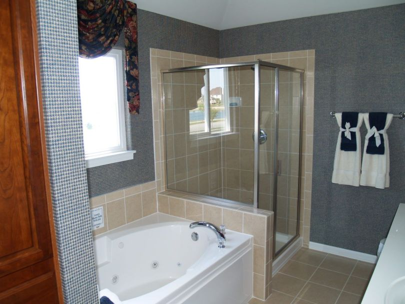 New Home Model Biltmore Optional Luxury Bath