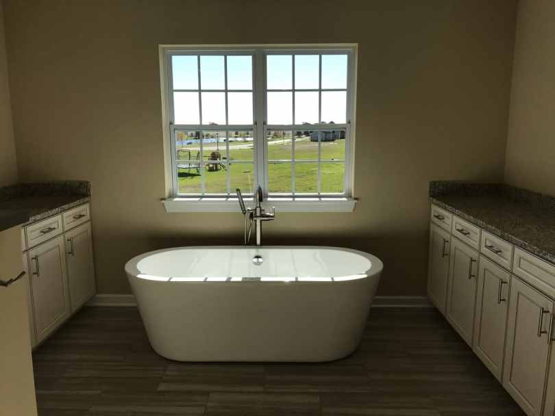Luxury-Home-Builders-IL-Carmen-Master-Bath-view-2