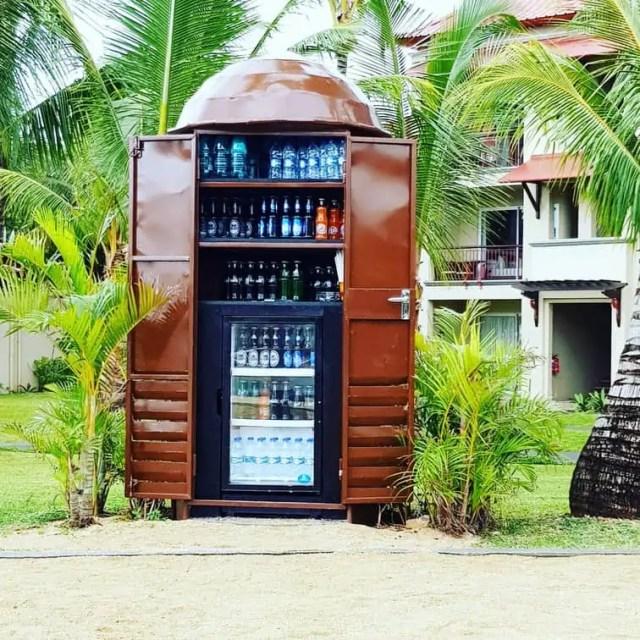 Tamassa Resort Mauritius poolside bar