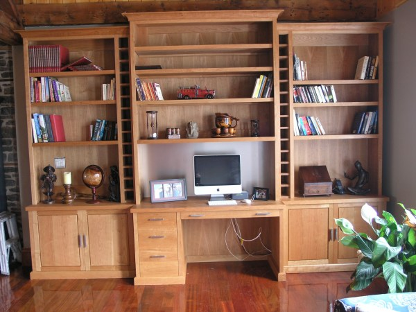 Office Wall Unit with Desk