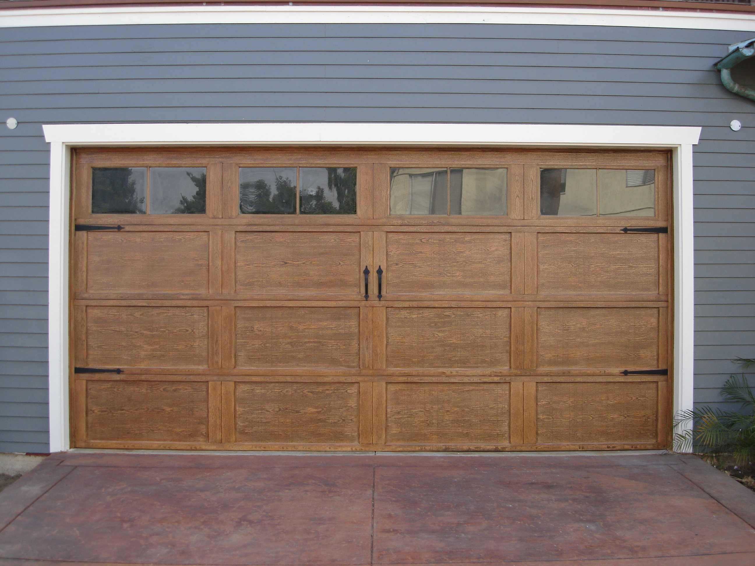 Craftsman Style Garage Doors – HomesFeed