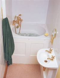Soaking Tubs for Small Bathrooms | HomesFeed