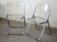 Colorful Lucite Folding Chairs Design | HomesFeed