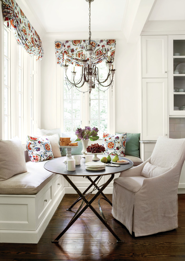 Cozy Dining Space With Banquette Seating Ideas Homesfeed