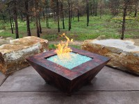 In Ground Fire Pit Design Juggles Cold Outdoor into a Warm ...