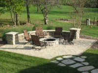 Tips of Best Patios with Fire Pits | HomesFeed