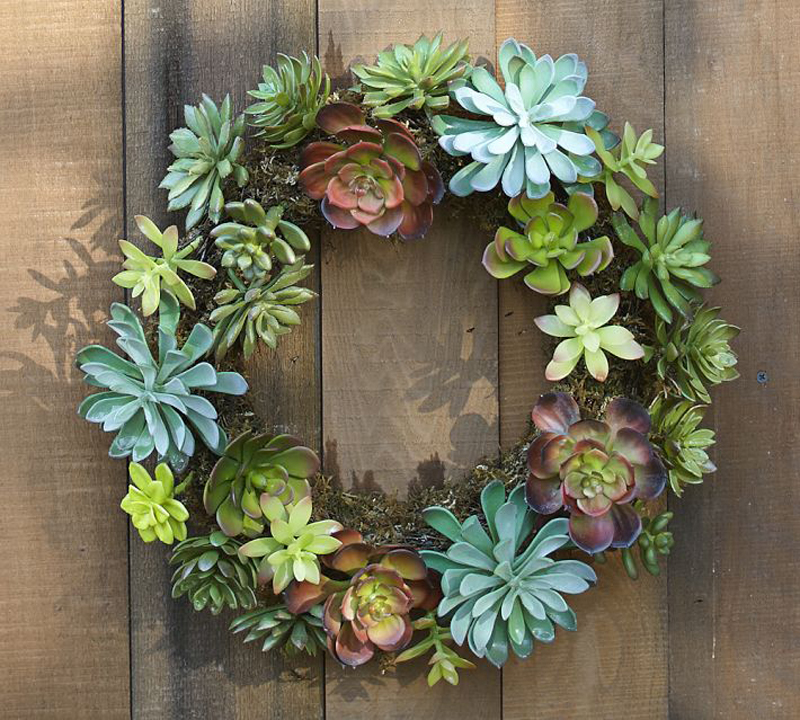 Adorn Your House In This Holiday With Pottery Barn Wreaths HomesFeed