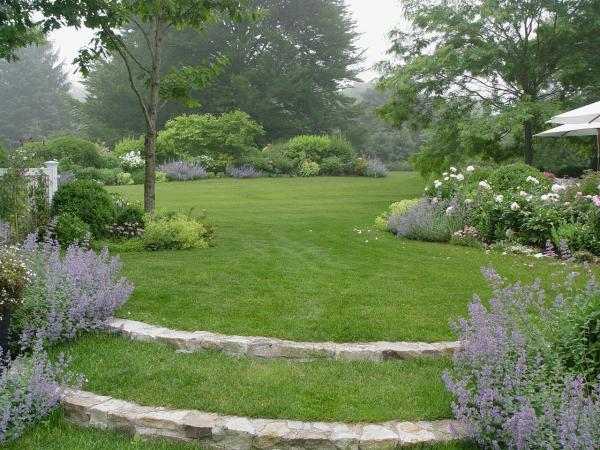 homes and gardens landscape