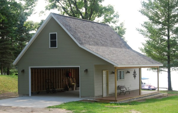 Pole Barn Garage with Apartment