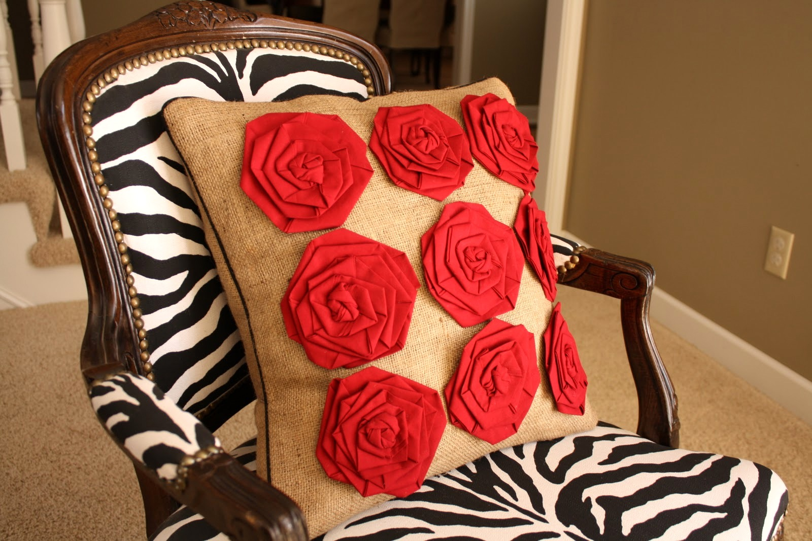 diy patio chair cushion covers bubble stand for sale change sofa look only by beautifying it with throw pillow ideas | homesfeed