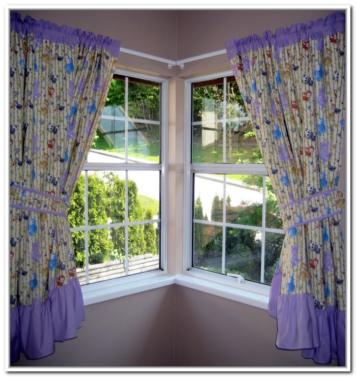 Corner Window Curtains: Styles of Decorating Ideas