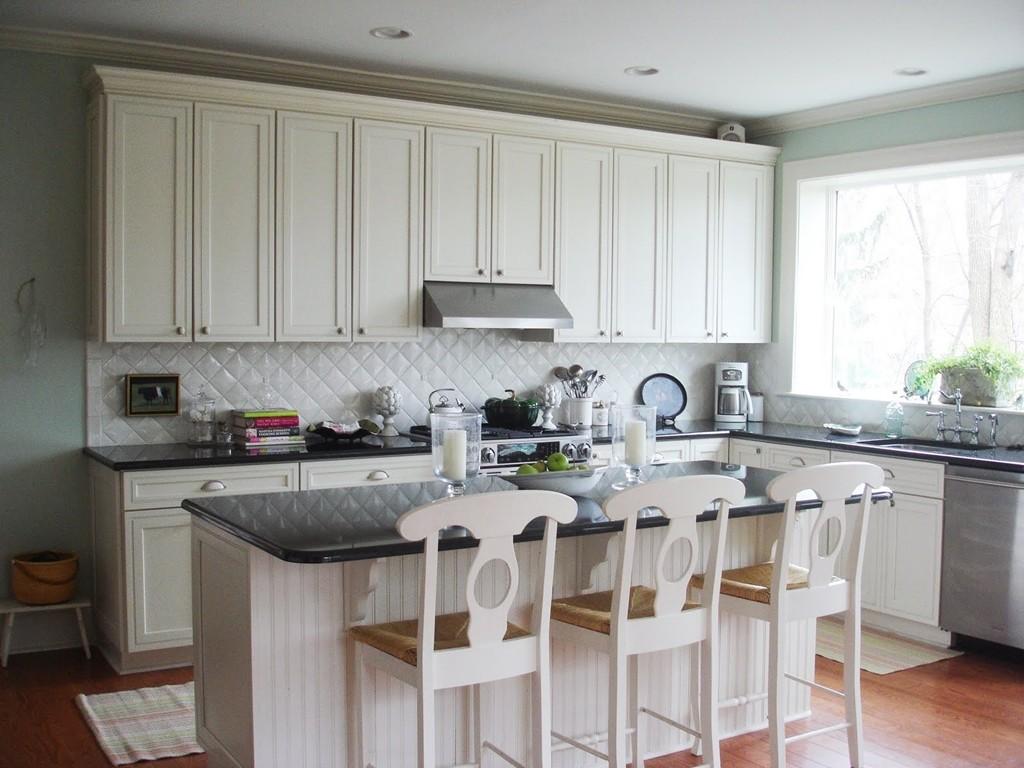 white kitchen cabinets and backsplash black table ideas homesfeed