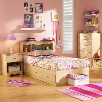 Smart Tips of Decorating Bedroom with Bedroom Rug Ideas ...
