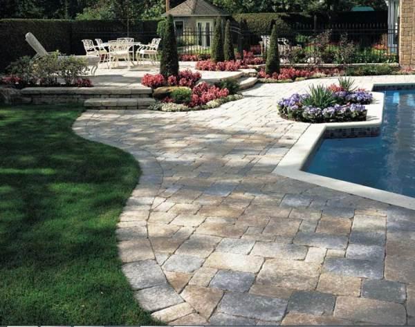 calculate brick pavers
