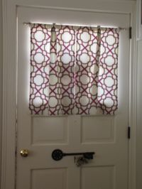 Front Door Window Coverings: Adorning and Adding the Extra ...
