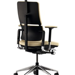 Steelcase Gesture Chair Wheelchair Lady Get In Your Home Office And Feel The Comfort | Homesfeed