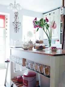 Cute Kitchen Storage Idea