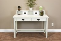 Simple Writing Desks for Small Spaces | HomesFeed