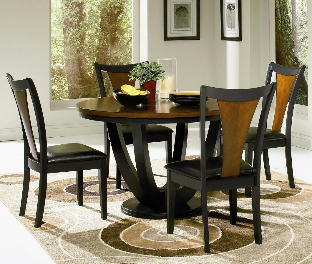 Round Kitchen Table And Chairs Set Round Kitchen Table Set For 4 A Complete Design For Small