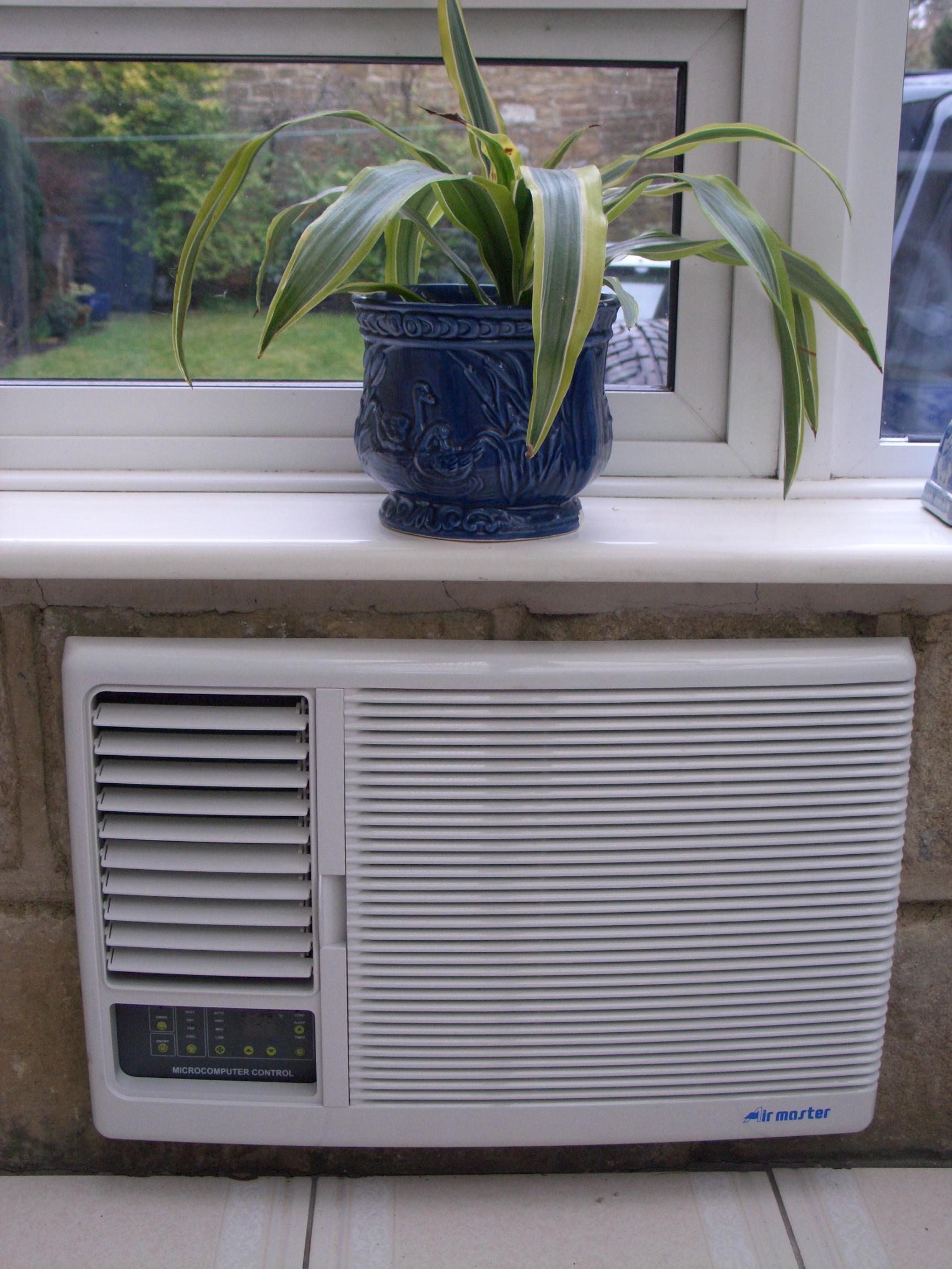4 Best Window AC Units of the Year  HomesFeed