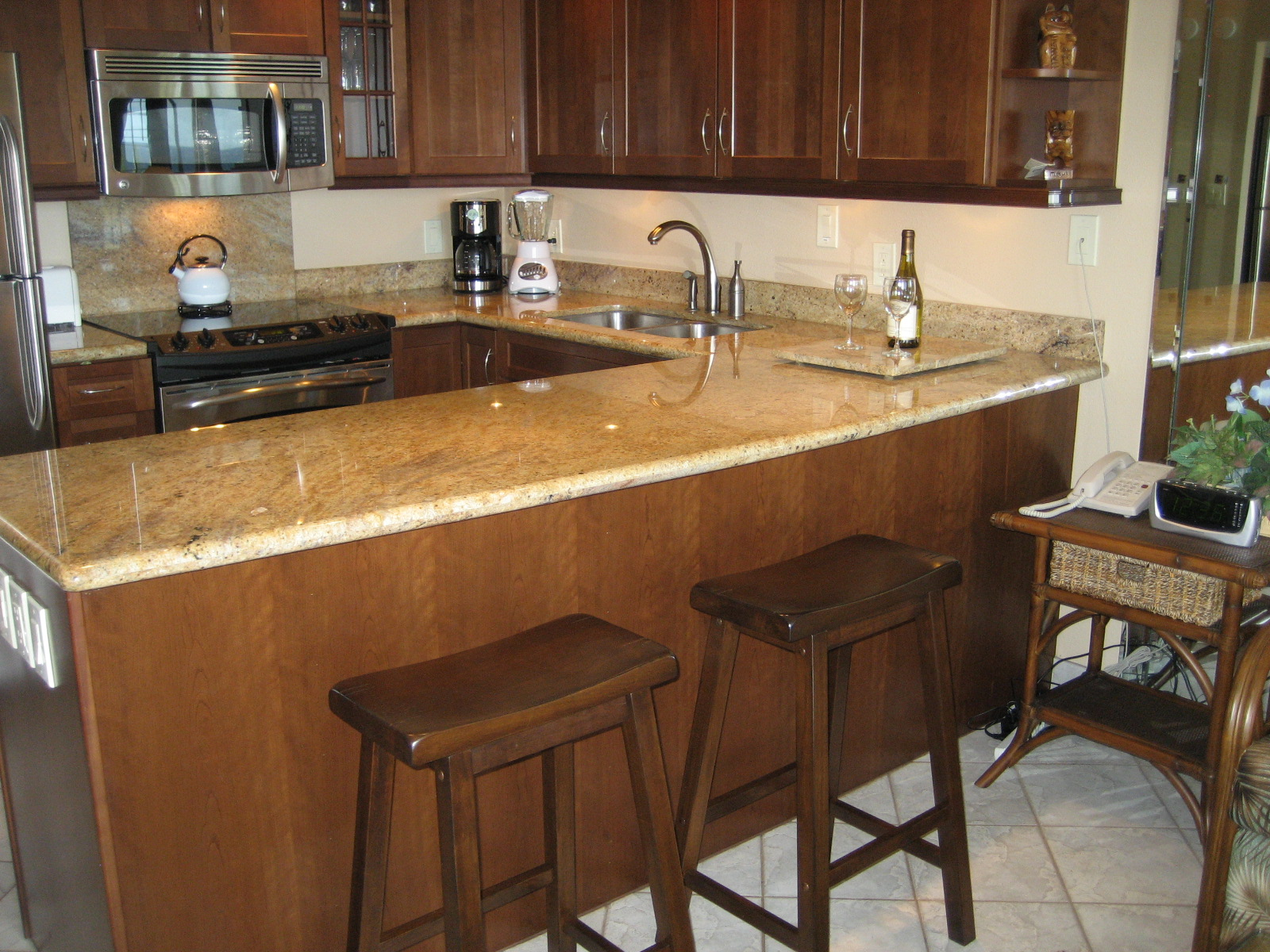 Kitchen Bar Table