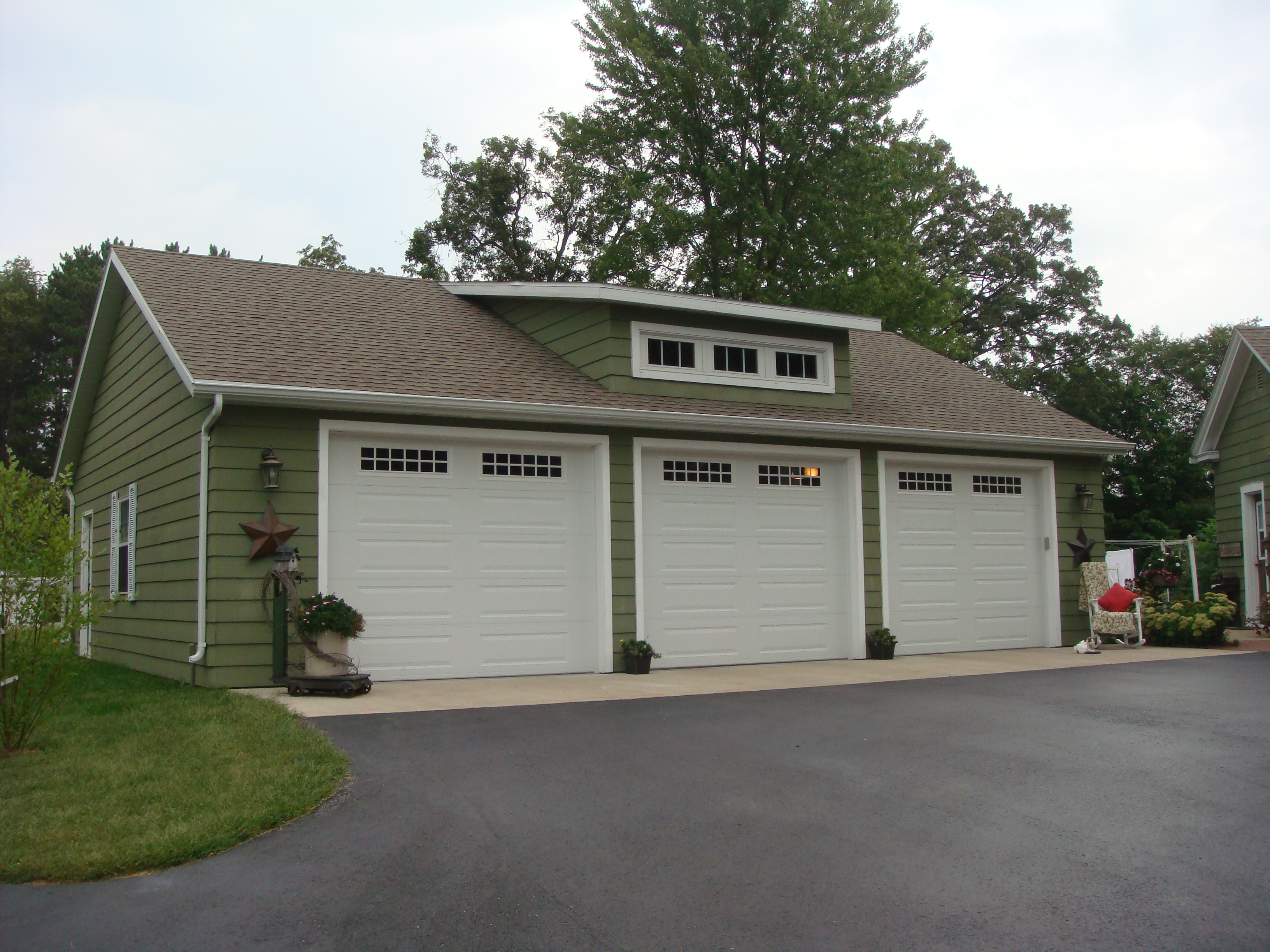 Independent and Simplified Life with Garage Plans with Living Space  HomesFeed
