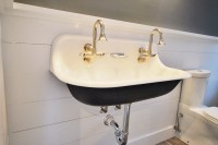 Small Wall Mounted Sink: A Good Choice for Space ...