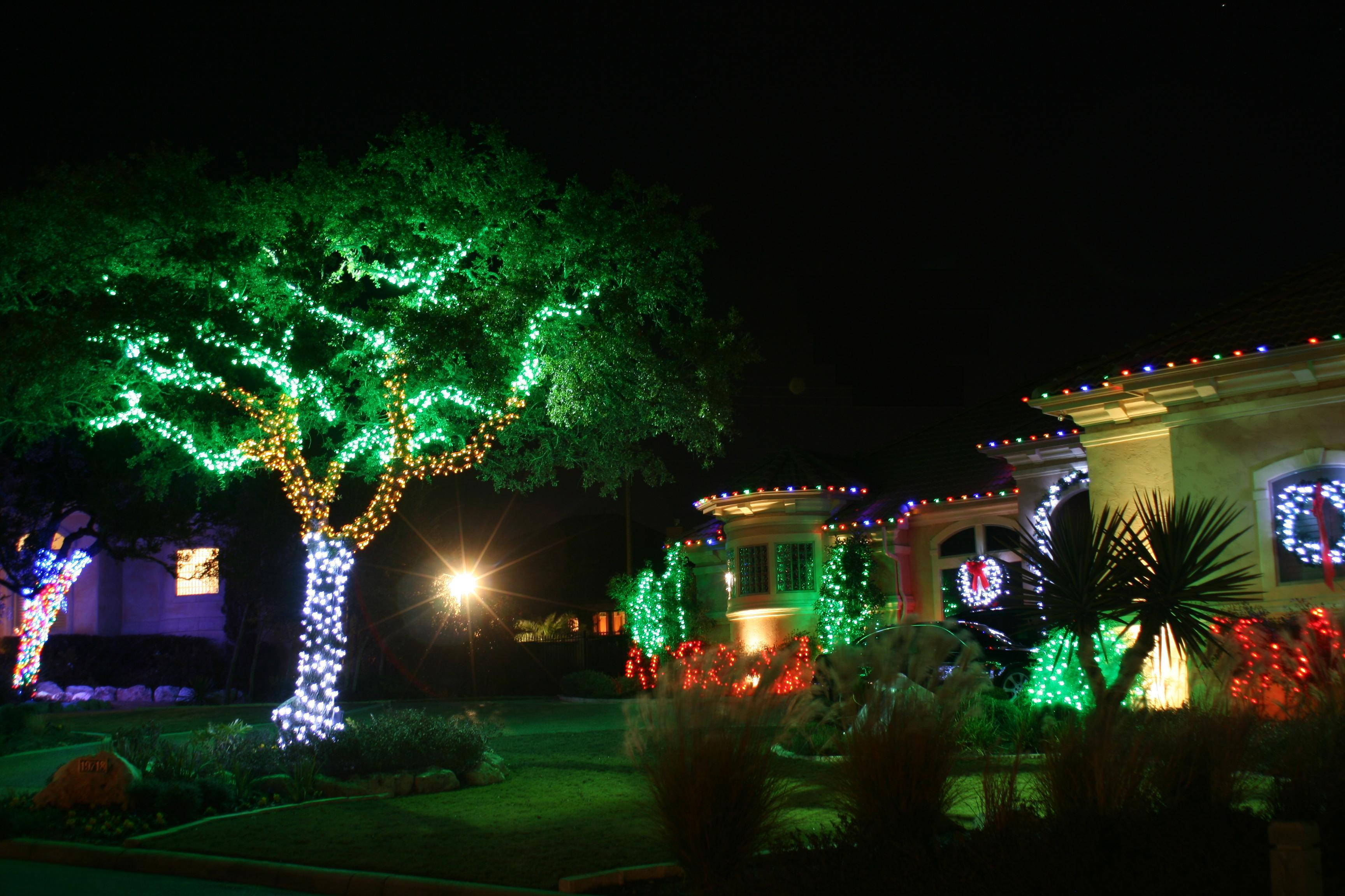 Christmas Lights Ideas For Outside House