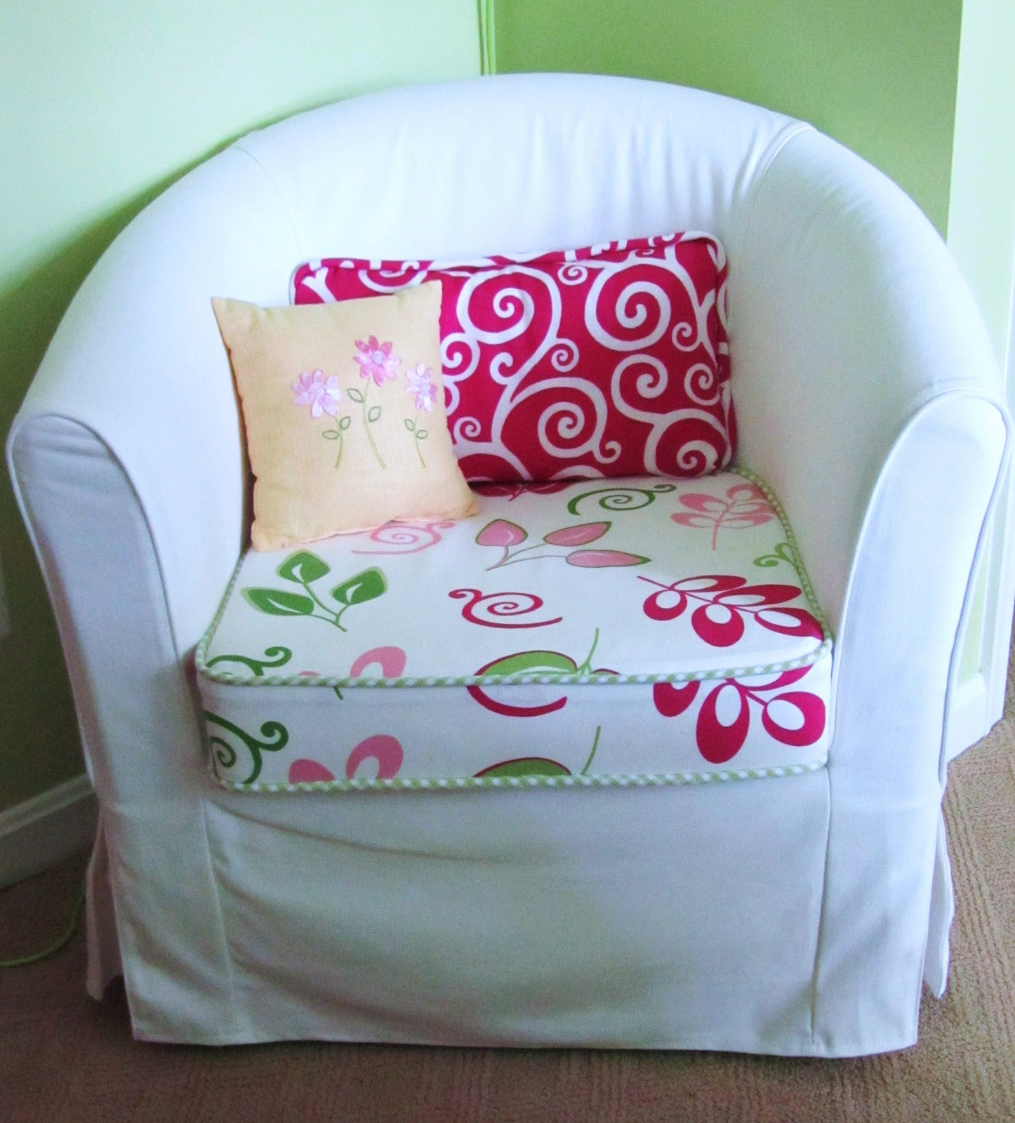 teenage bedroom chair nest canada chairs for rooms ideas homesfeed