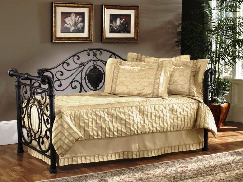 wrought iron kitchen sets small appliance adorable bedding for daybeds | homesfeed