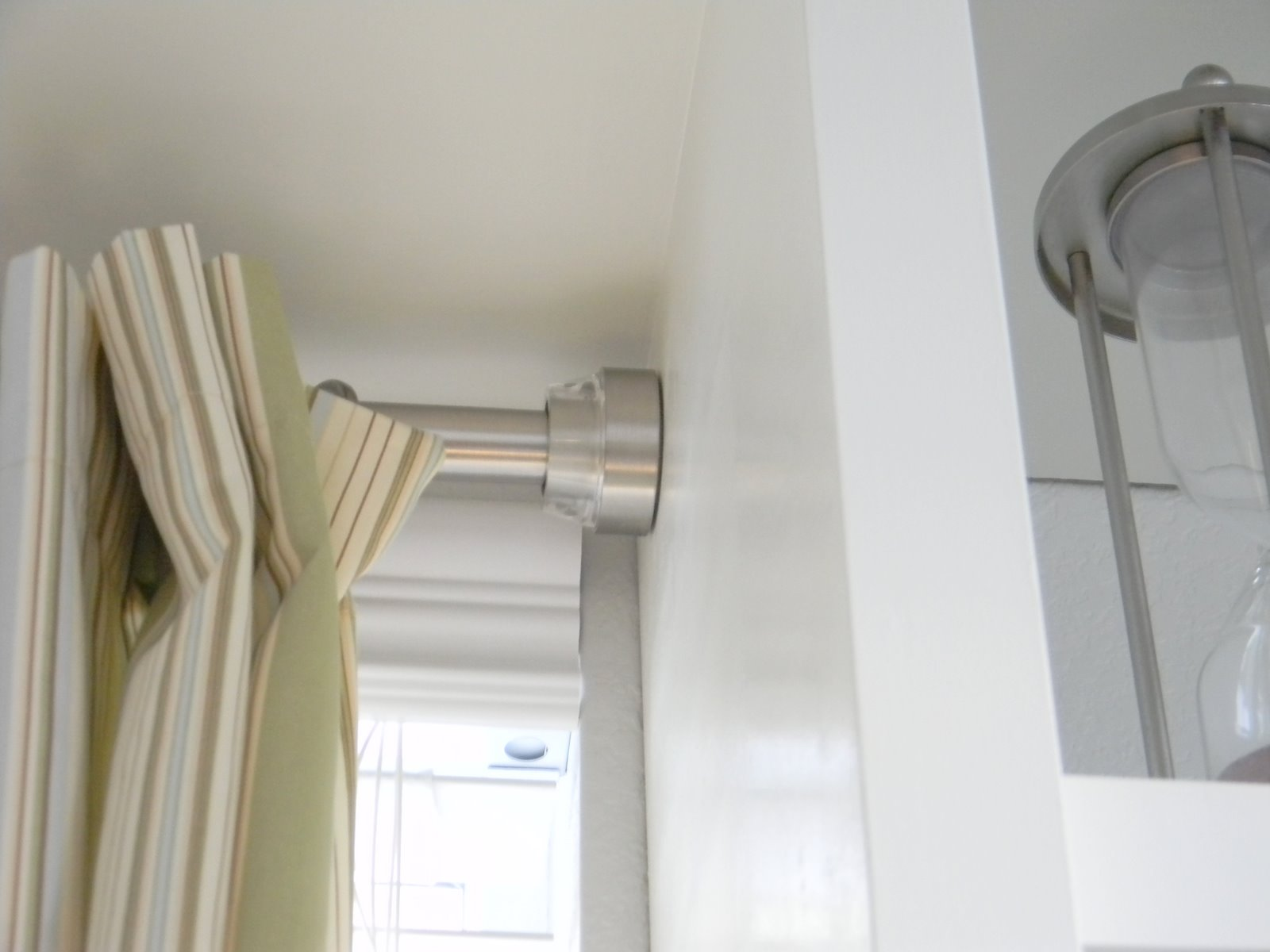 pressure rods for curtains