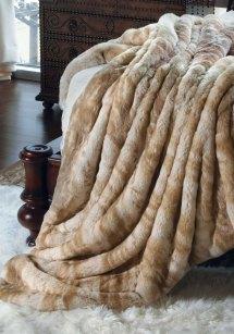 Pretty Faux Fur Blanket Queen Giving Warmth