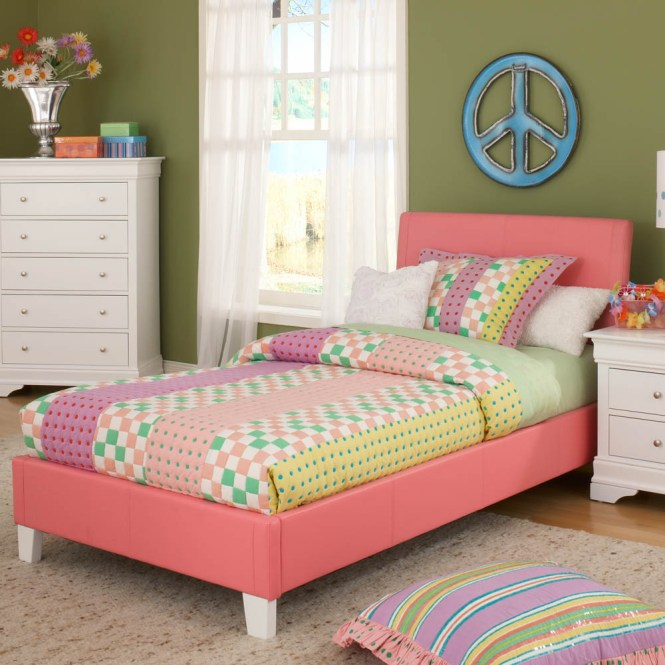 Pink Full Size Toddler Bed Decorated With Modern Nightstand And Cute Bedding Pluodern Rug