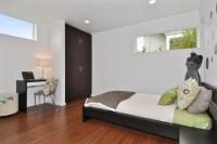 Small Bedroom Desks for a Narrow Bedroom Space | HomesFeed