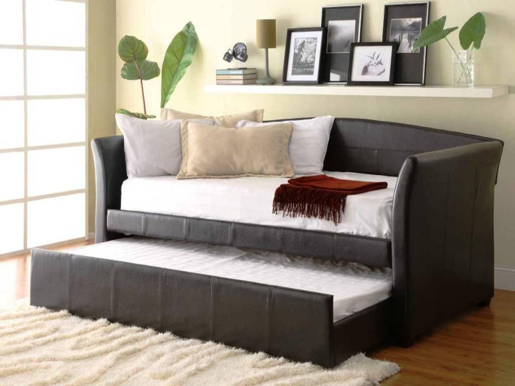 Daybed Full Size Frame: Variants of Design and Finishing