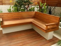 Outdoor Corner Bench | HomesFeed