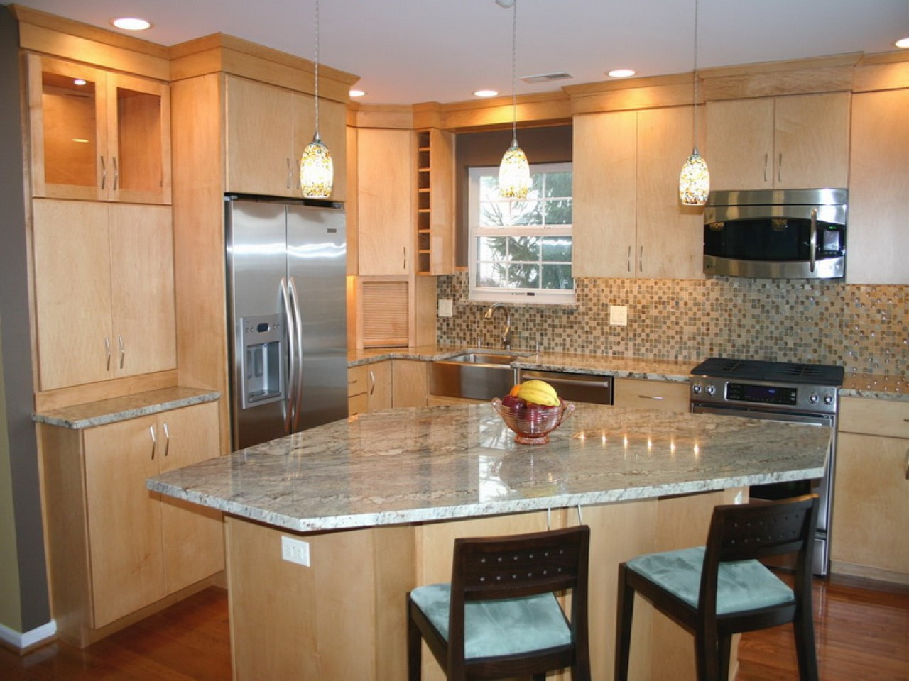 Best Small Kitchen Design with Island for Perfect