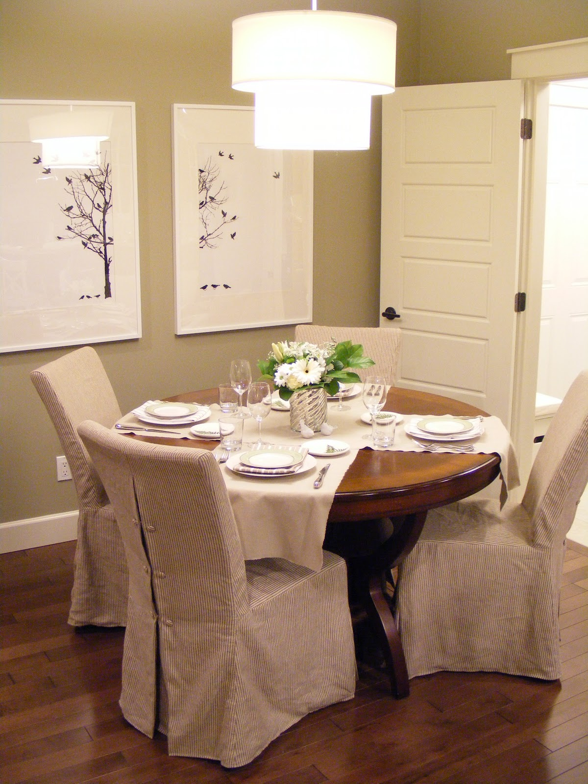 White Dining Chair Slipcovers Slipcovers For Dining Room Chairs That Embellish Your