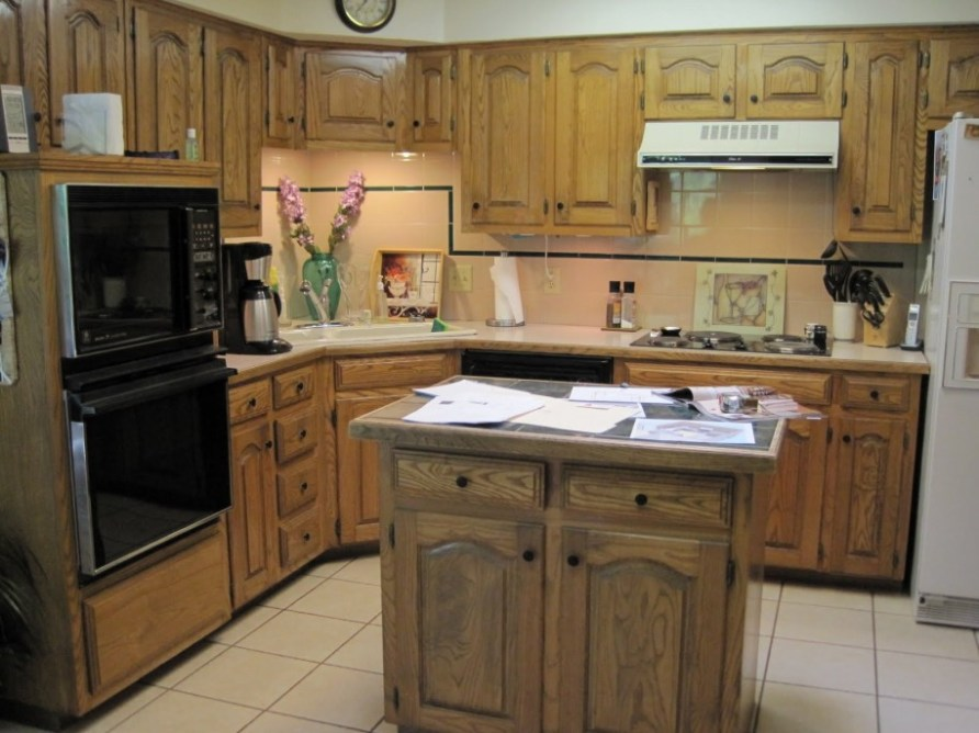 Best Small Kitchen Design with Island for Perfect ...