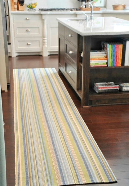 yellow kitchen runner rug Some Vintage and Stylish Kitchen Mat and Rug Ideas   HomesFeed