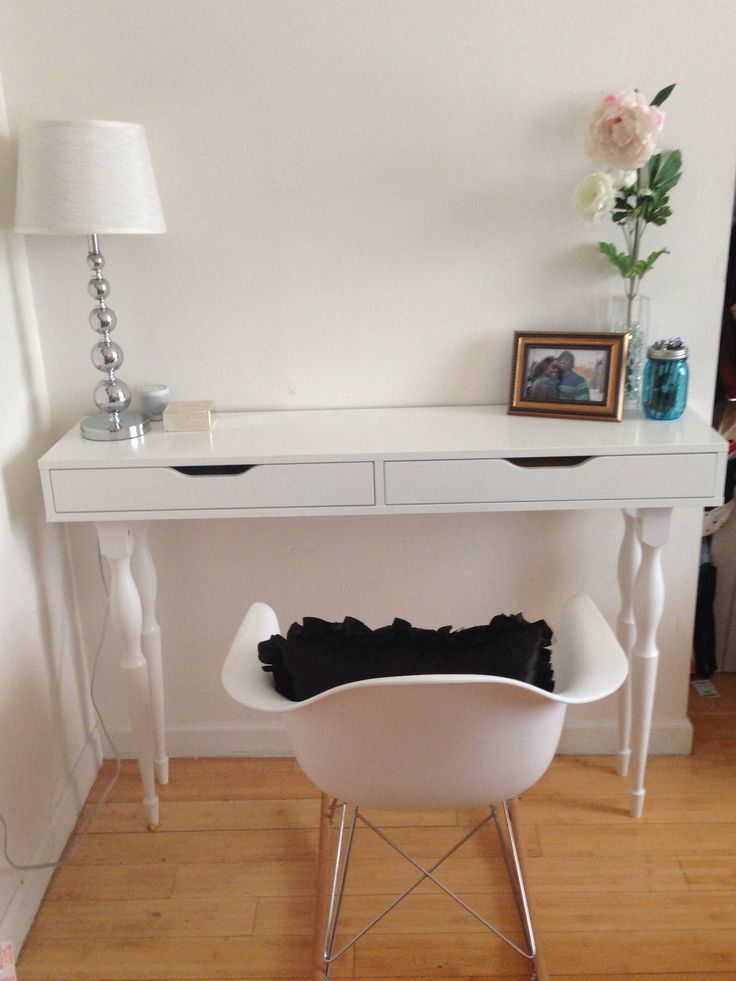 Decorating the Hallway with Perfect Console Tables Design Ikea  HomesFeed