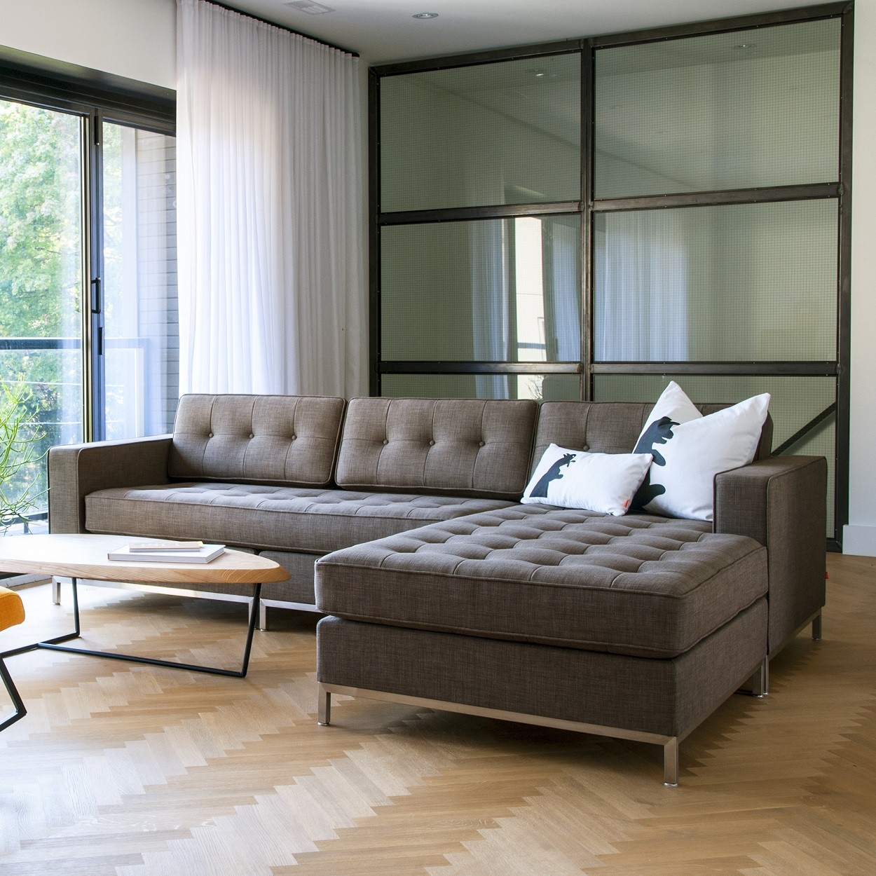 The Best Apartment Sectional Sofas Solving Function and Style Issues  HomesFeed