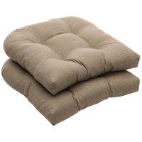 Pretty Stratford Home Pillows | HomesFeed