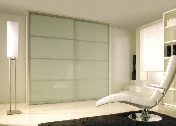Floor to Ceiling Sliding Closet Doors