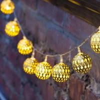 Vintage Outdoor String Lights Ideas | HomesFeed