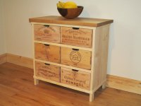 Creative Works from Vintage Wine Crates | HomesFeed