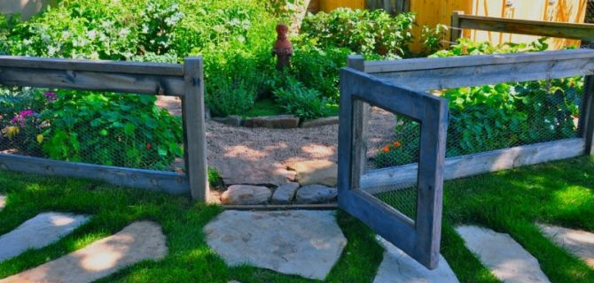 Fancy Your Home's Exterior & Landscape with These Inspiring Home Fencing Ideas