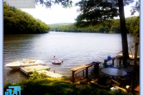 Candlewood Lake homes have a certain appeal that makes them enticing to buy right away, be sure to buy the perfect one for you.