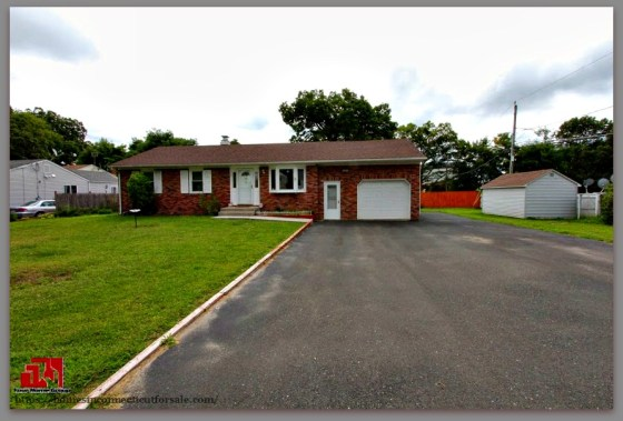 Enjoy the peace and quiet in this gorgeous Danbury CT home for sale.
