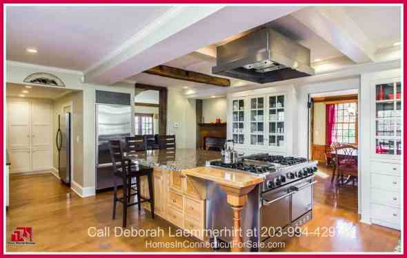 Redding CT Colonial Homes